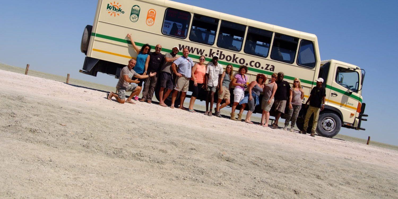 Transferbuss i Kalahari, Namibia
